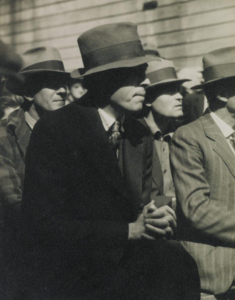 https://catalogue.swanngalleries.com/auction-lot/DOROTHEA-LANGE-(1895-1965)-San-Francisco-Waterfront-(demonst-2520++++++64+-++761930